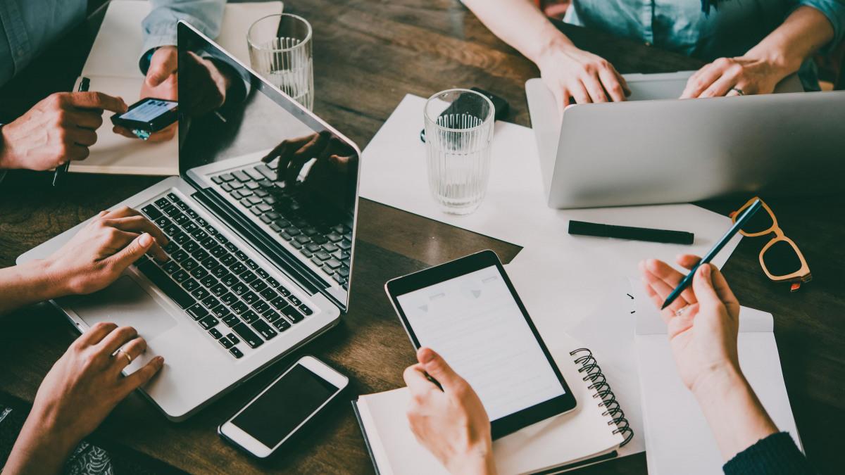 Grenzenlose Gruppenarbeit: digitale Kooperations-Tools